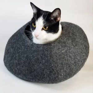 Heathered Gray Cat Cave | Pet Bed